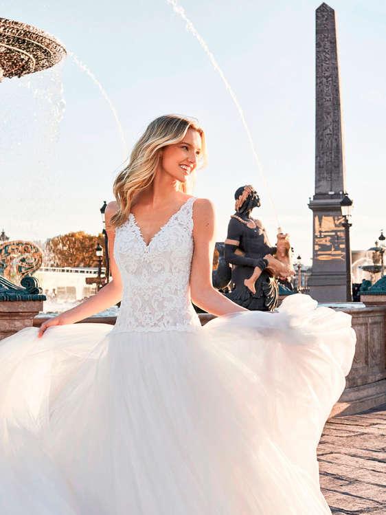 comprar vestidos de novia con cola barato en talavera de la reina